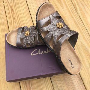 Clark's Lexi Myrtle Women's Pewter Leather Slides